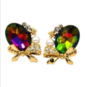 Elegant oval diamond bow knot gold earrings